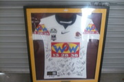 NRL BRISBANE BRONCOS 2009 SIGNED JERSEY FRAMED IN PERFECT CONDITION