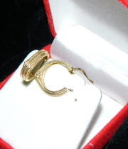 Gold earrings from Italy